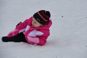 Juliette à la neige.