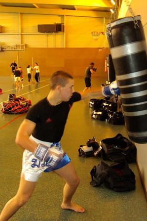 Moi à l'entrainement de Boxe. ;)