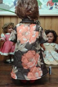 Une surprenante version de la robe de chambre de octobre 1959