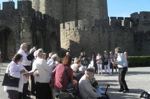 """les r�sidents de  la chorale G�n�ration Korian le Bastion  """"TOUS EN CHOEURS POUR LA SEMAINE BLEU � avec les b�n�voles du GISC"""