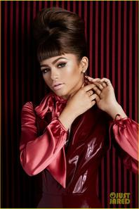 Zendaya Models Five Different Iconic Hairstyles For Mane Addicts Shoot
