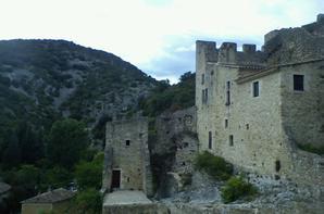 Arène de Nîmes , château des roures; château de st Montan