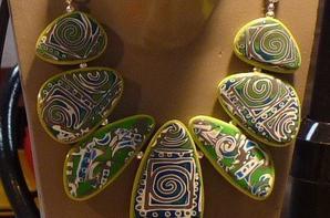 L'accessoire est Essentiel au F�minin: bijoux fantaisie