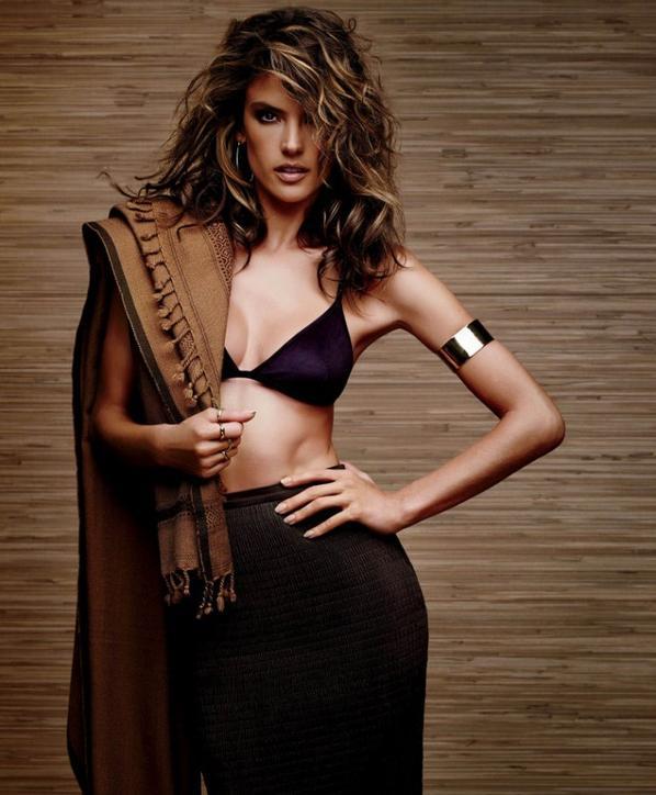 Alessandra Ambrosio - Ocean Drive (02/2015)