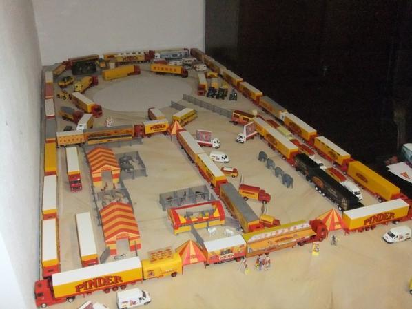 Une vue d'ensemble de mon projet ... Maintenant, il faut que j attaque le chapiteau :)