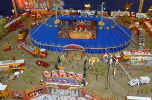 Place au cirque CAROS