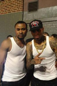 """Chris Brown hier à la boite de nuit """"Le club royale"""" (le 01 Juin)"""