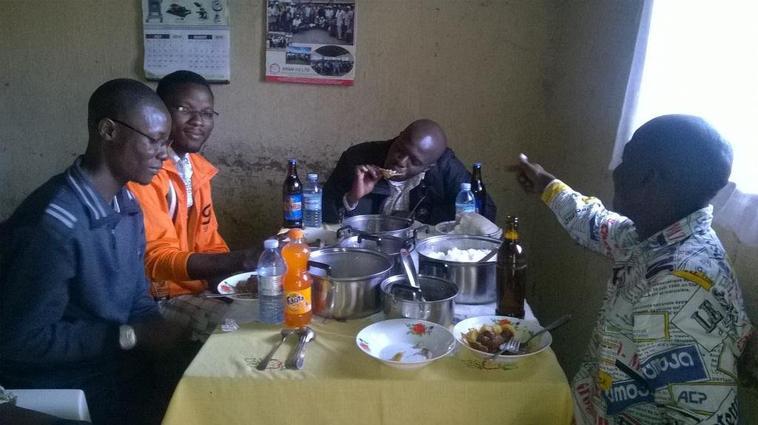 Petit déjeuner du week end avec les amis