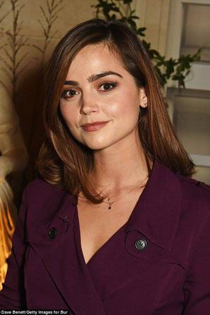 In love with this british babe ! ❤❤❤❤❤❤ #JennaColeman #YoungVictoria #Treena