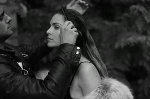 """( Vidéo +Audio) Clara Morgan : Topless pour massacrer """"Comme Un Boomrang""""  de Serge Gainsbourg"""