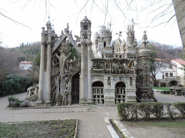 Palais id�al du cheval