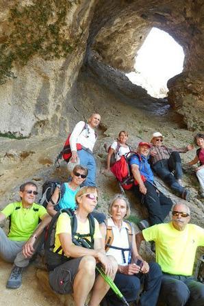 Rando du 17 Mai, la St Victoire,la montée du Garagaï et sortie par la grotte aux hirondelles