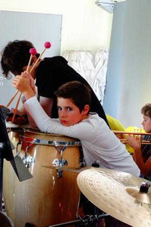 L'orchestre studieux de ce matin ... Cot� PERCUSSIONS !