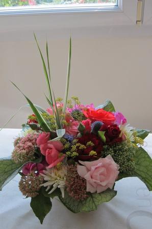 Petite Compo de rentr�e avec les fleurs du jardin...