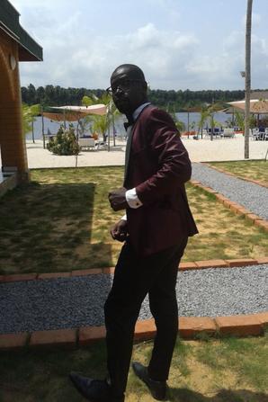 SHOWBIZ  avec Salim Diallo