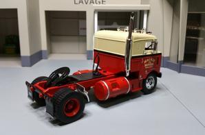 tracteur kenworth bullnose de 1950 de chez ixo au 1/43.(altaya).