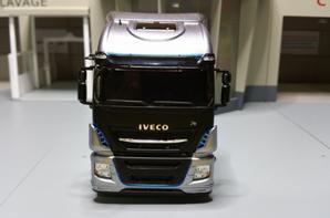 tracteur iveco stralis xp570 tco2 champion de chez eligor au 1/43.