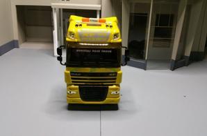 tracteur daf xf 105 410ch euro5 valeo de chez eligor au 1/43.