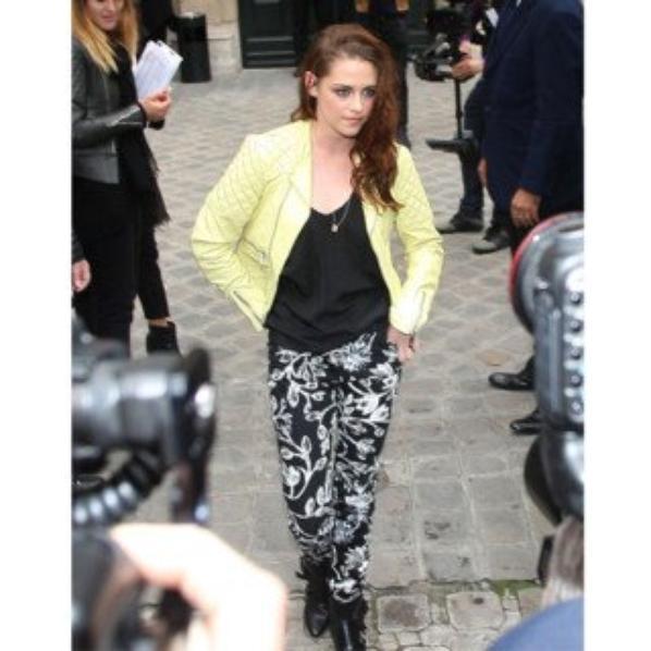 Kristen à la fashion week parisienne Balanciaga