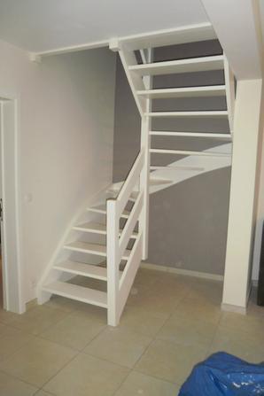 Peinture escalier avant apr s blog de didierdecor - Peinture kooi escalier ...