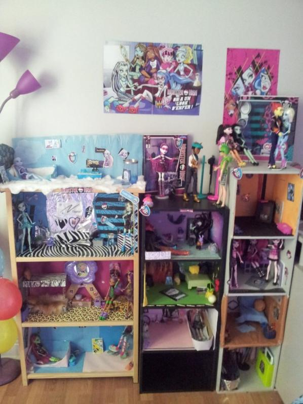 r novation compl te de ma maison monster high pour la 1001 fois p monster high collection. Black Bedroom Furniture Sets. Home Design Ideas
