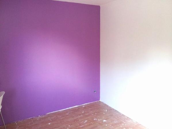 Nouvelle chambre placo peinture maison yoca for Couleur violet pour chambre