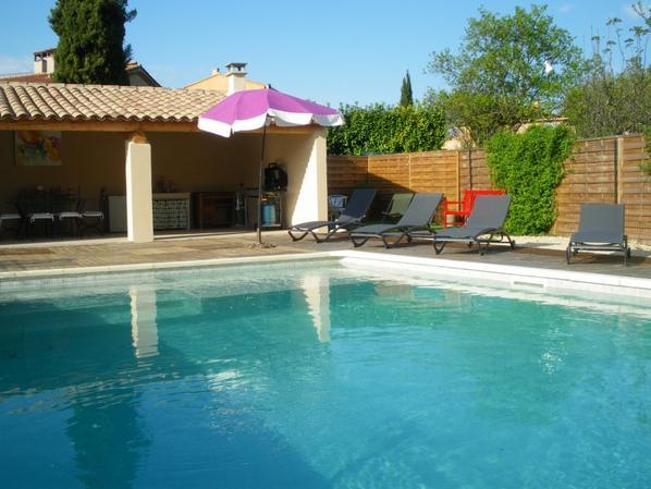 Piscine et pool house blog de lavilladepicuey - Photos pool house piscine ...