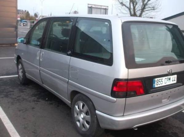 Peugeot 806 2 0 tout en option modil 2000 for Peugeot 806 interieur