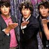 Mllex-Jonas-Brothers