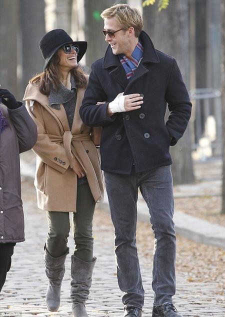 CARNET ROSE: Eva Mendes et Ryan Gosling sont parents !