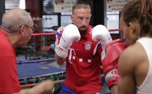 Franck Rib�ry devient boxeur !