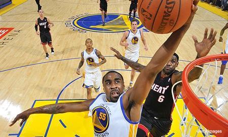 Le Basket s'envenime : Forfait, transferts, buzz,...