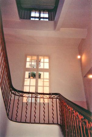 R�server votre appartement meubl� � Aix en Provence + 33 (0)4 42 93 40 13
