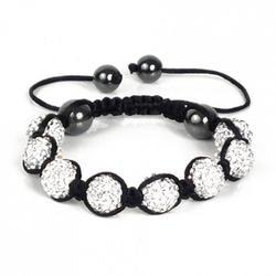 Accessoires: bracelets, colliers & boucles d'oreilles