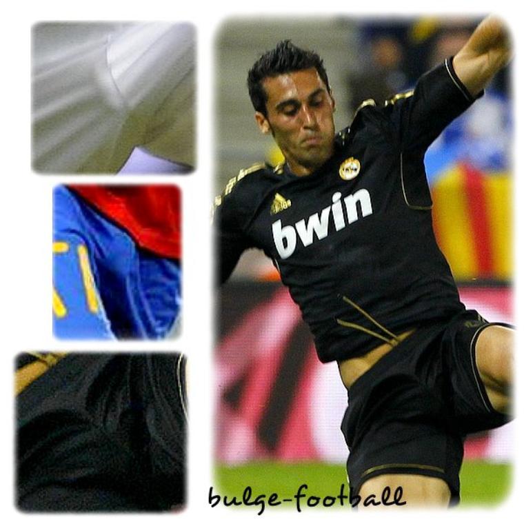 Alvaro Arbeloa AMAZING bulge