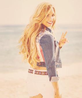 Demi Lovato Facts.