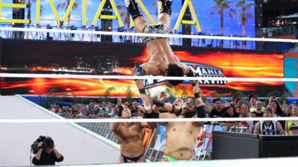 WrestleMania 28 : WWE Tag Team Champion