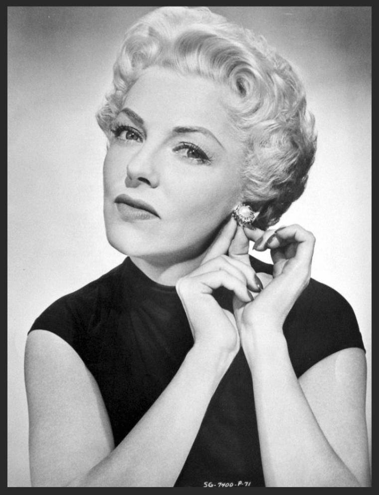 Vivian BLAINE '40-50 (21 Novembre 1921 - 9 D�cembre 1995)