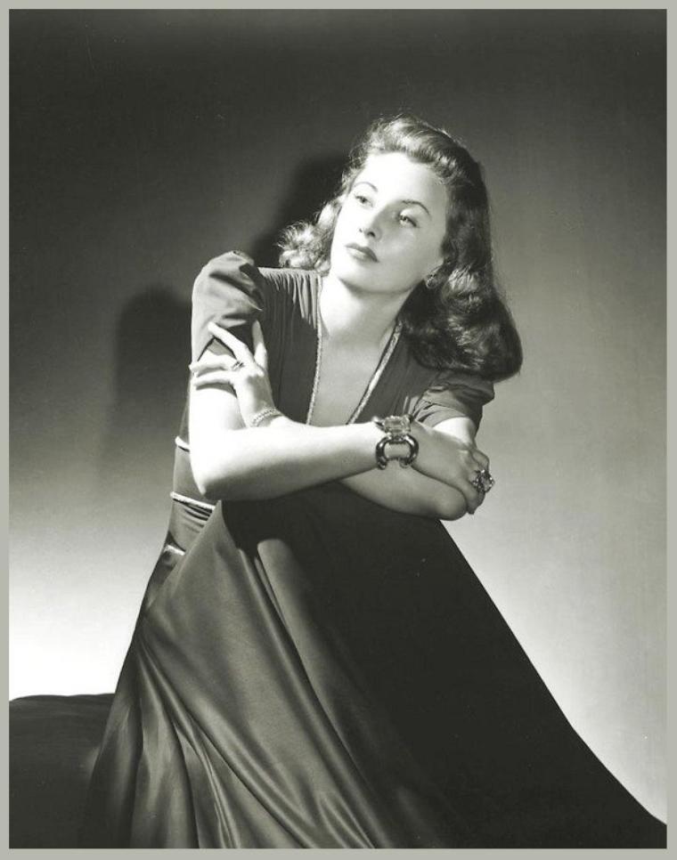 Barbara STANWYCK '30-40 (16 Juillet 1907 - 20 Janvier 1990)