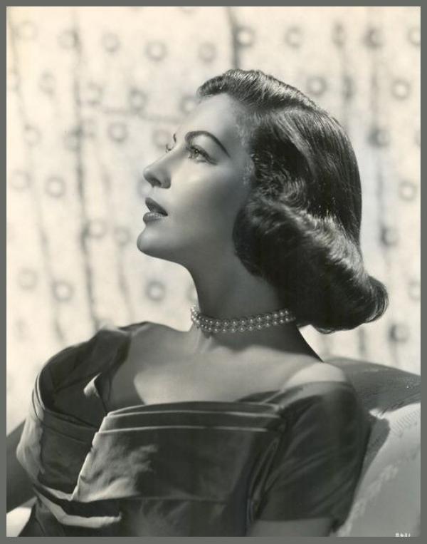 Ava GARDNER '40-50 (24 D�cembre 1922 - 25 Janvier 1990)