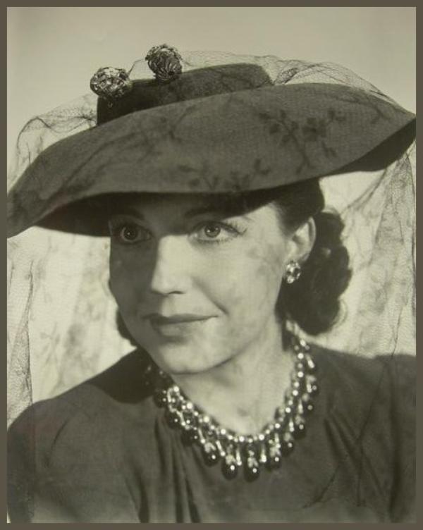 Mona BARRIE '30-40 (18 Décembre 1909 - 27 Juin 1964)