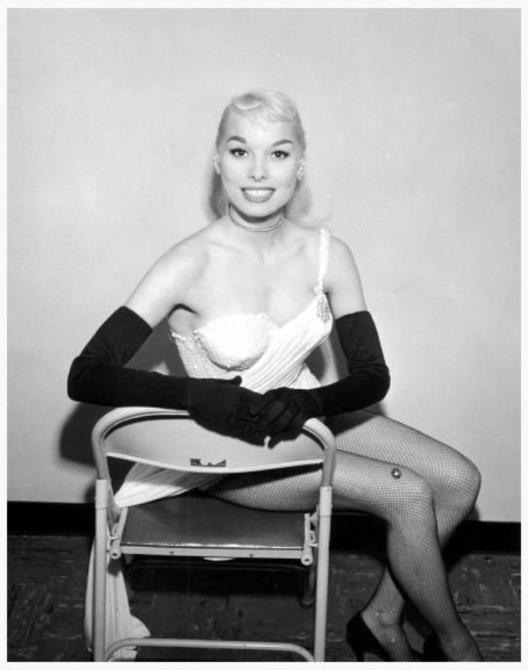 Lee SHARON '50 (n�e en 1932-33, aucune autre information) actress, model, pin-up