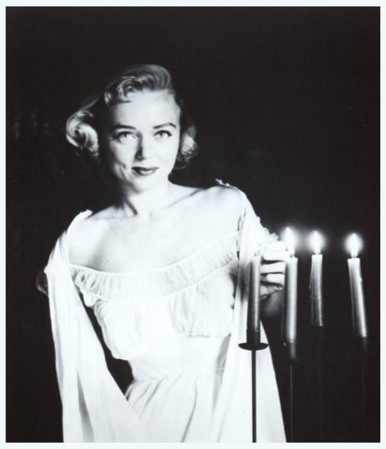 Yvette VICKERS '50-60 (26 Ao�t 1936 - 4 Mai 2011)