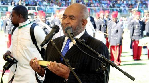 Comores: le pr�sident Azali Assoumani a pr�t� serment