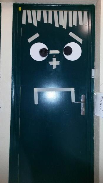 ma porte pour Halloween