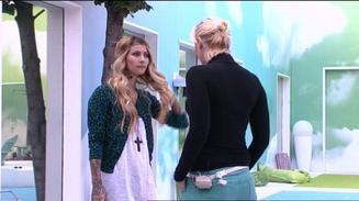Fanny s'excuse aupr�s de Nad�ge !