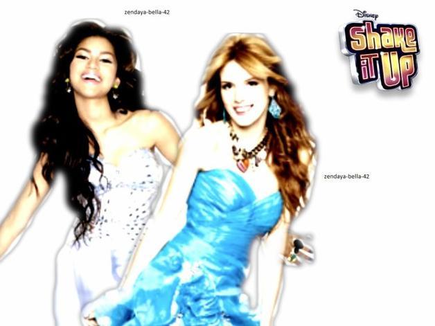 Bella Thorne & Zendaya Coleman .