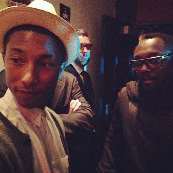 Will.i.am poursuit Pharrell en justice pour i am OTHER
