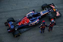 > 7] Scuderia Toro Rosso STR11 Ferrari- Capable de revenir dans le top 6 ?
