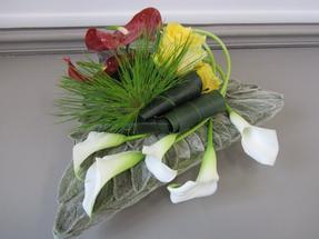 Bouquet plat triangulaire.